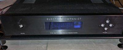 Ampli intégré Electrocompaniet PI2D (VENDU)