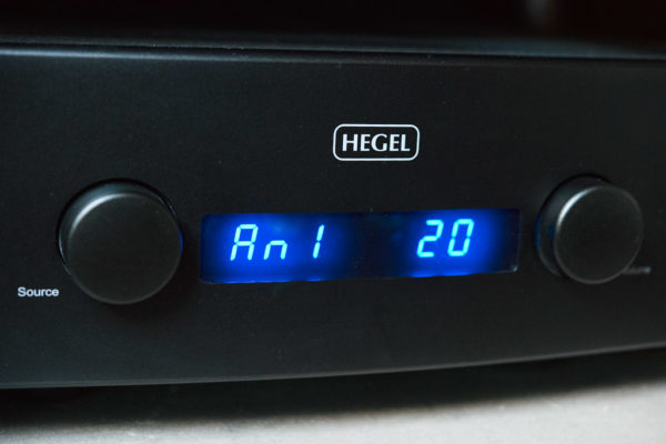 Hegel H360 amplificateur intégré